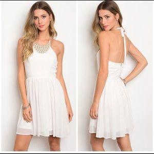 Dresses & Skirts - Summer halter dress.